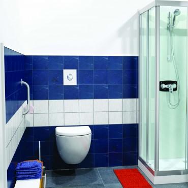 SFA sanibroyeur saniwall pro up fecaliënvermaler tegelbaar grohe frame in badkamer
